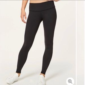 Lululemon Black Wunder Under Leggings